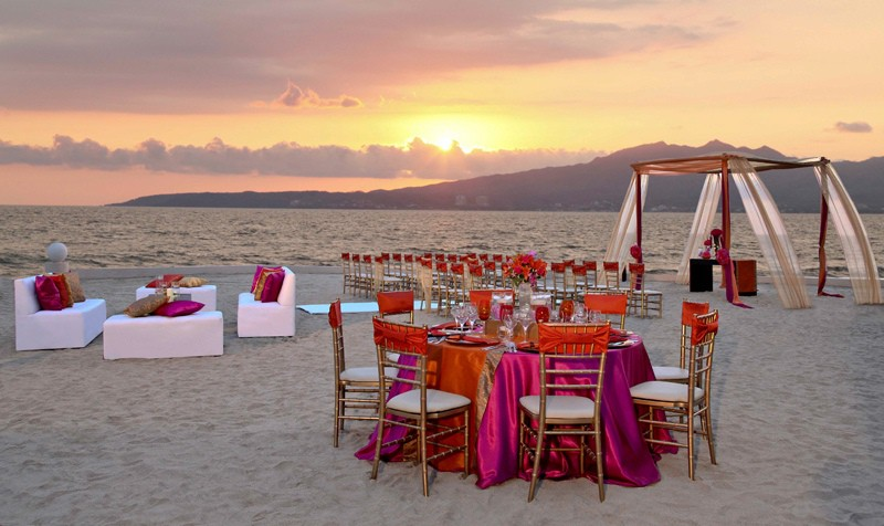 Dreams Villamagna Wedding Modern Destination Weddings