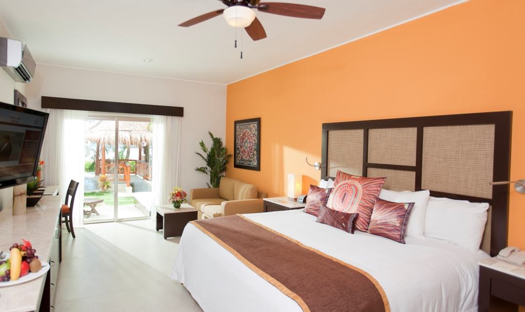 Bahamas All Inclusive >> El Dorado Maroma Wedding - Modern Destination Weddings