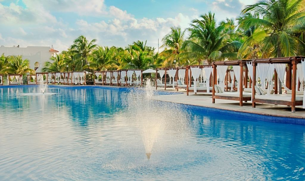 Riviera Maya Resorts >> El Dorado Royale Wedding - Modern Destination Weddings