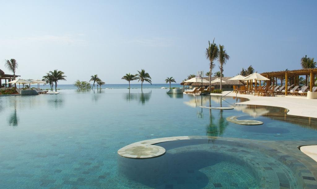 grand velas riviera maya wedding modern destination weddings. Black Bedroom Furniture Sets. Home Design Ideas