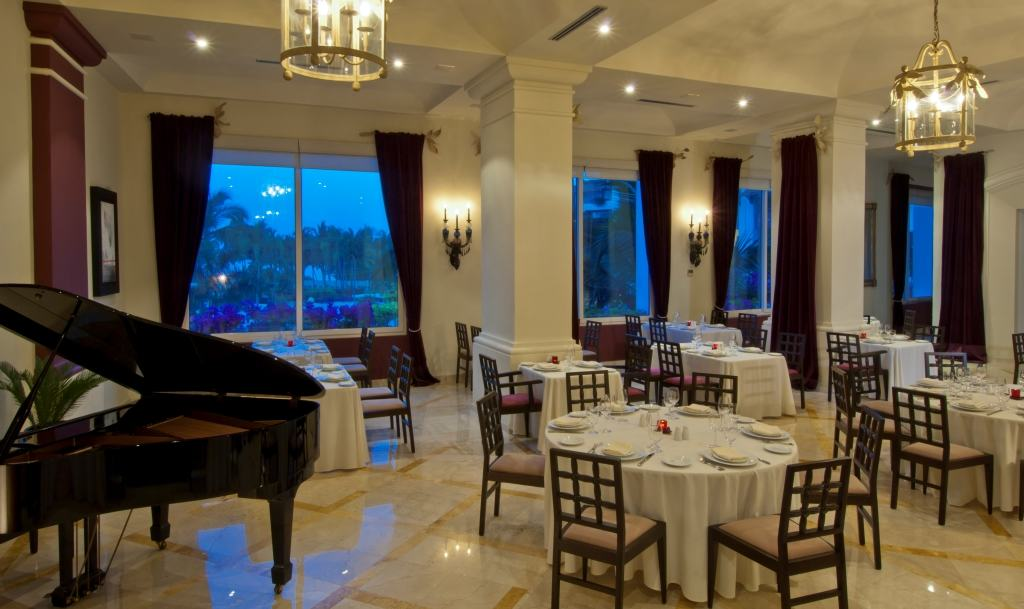 Grand Velas Riviera Nayarit Wedding Modern Destination