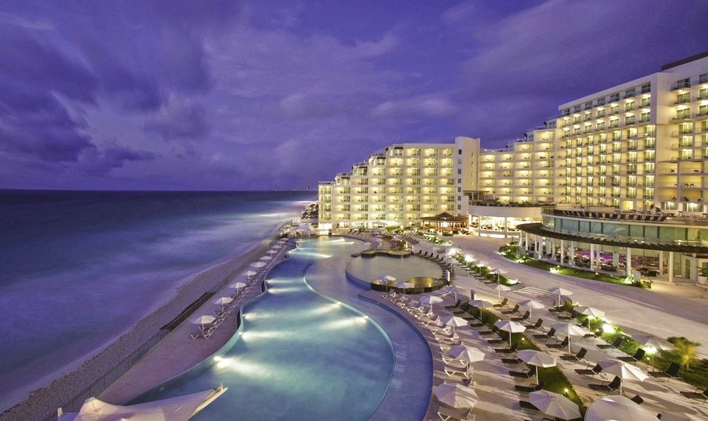 Cancun Modern Destination Weddings