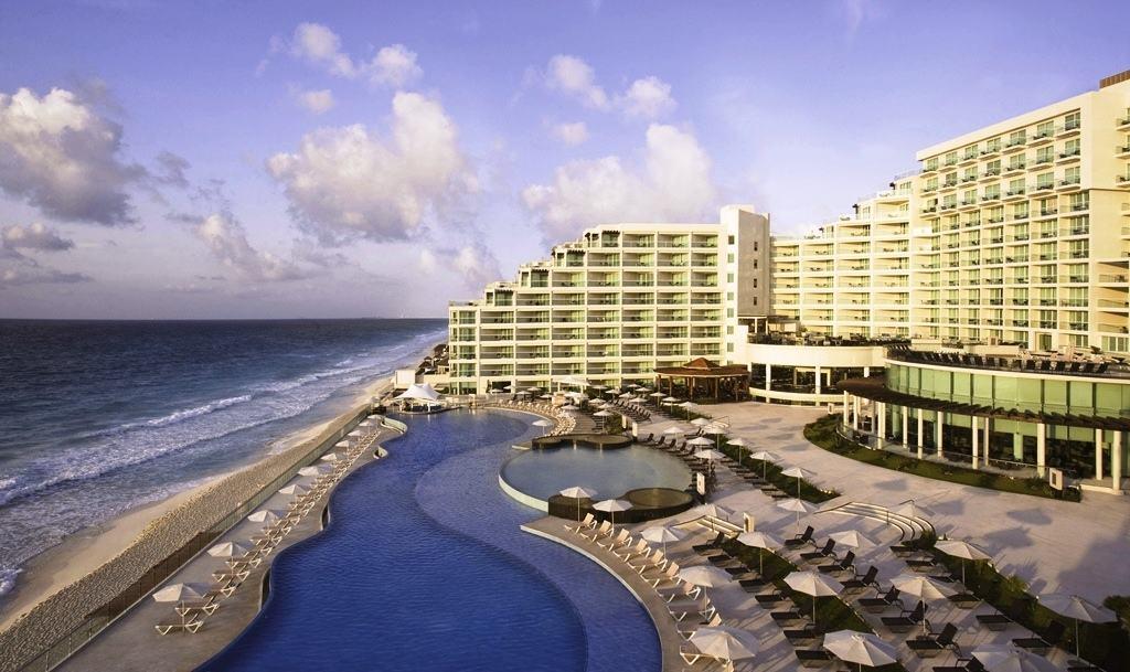 Hard Rock Hotel Cancun Wedding - Modern Destination Weddings