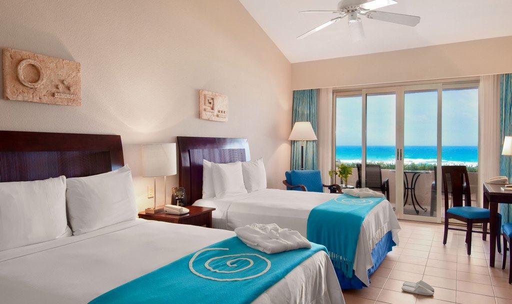 Iberostar Cancun Wedding Modern Destination Weddings