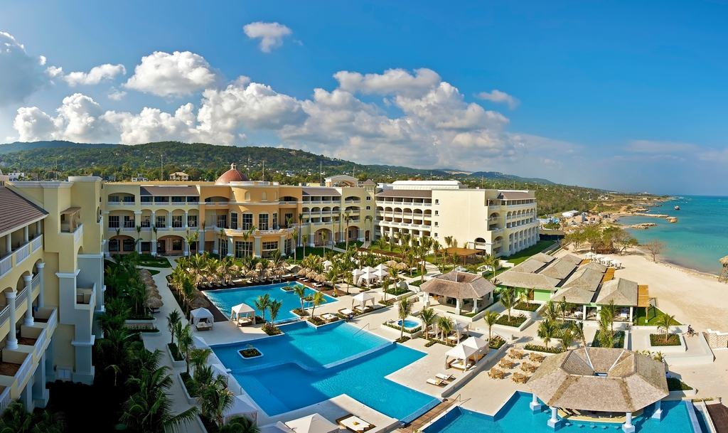 Holiday Inn Resort Montego Bay, Jamaica - All Inclusive in
