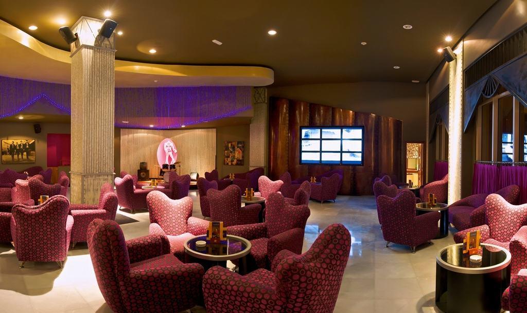 Turks And Caicos Resorts >> Iberostar Rose Hall Suites Wedding - Modern Destination Weddings