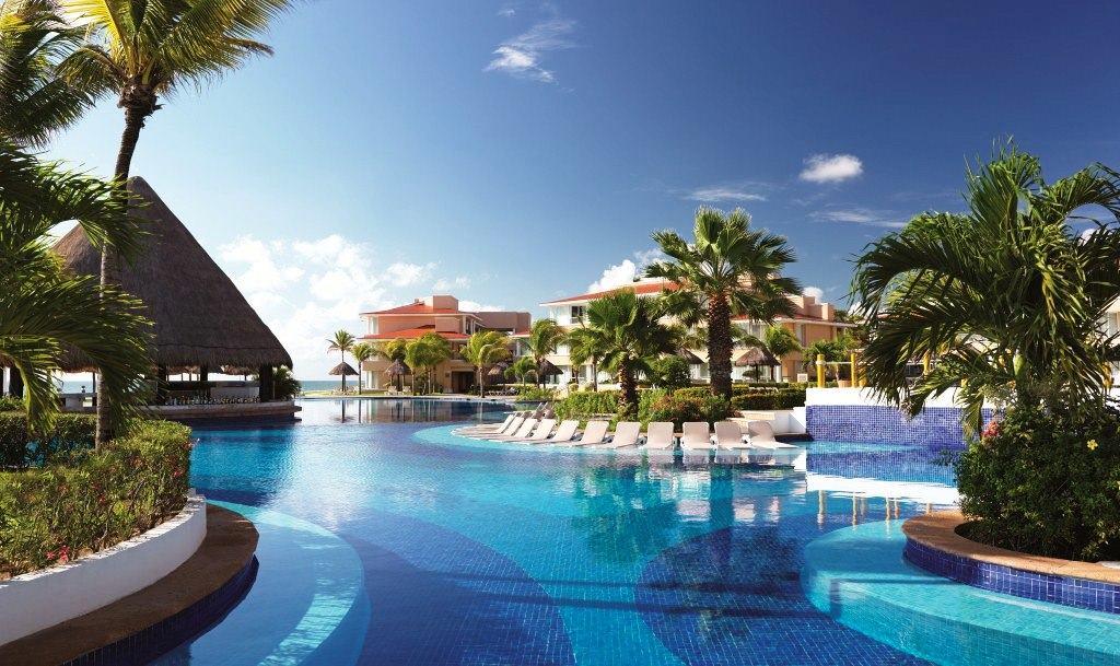 Moon palace wedding modern destination weddings - Hotel catalan puerto real ...