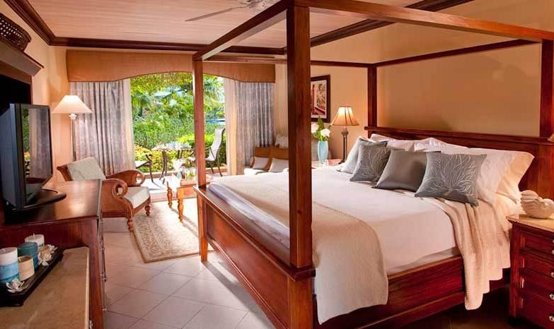 Sandals Grande St Lucian Wedding Modern Destination