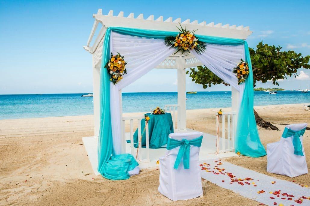 Azul Sensatori Jamaica Wedding Hibiscus Beach in Blue Wedding Setup 1 1 1030x687 - jamaica beach weddings