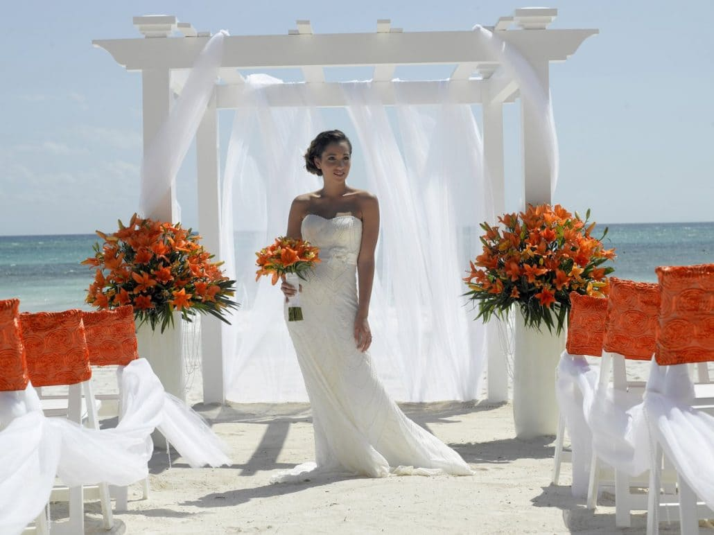 Grand Palladium Colonial Resort Wedding Modern