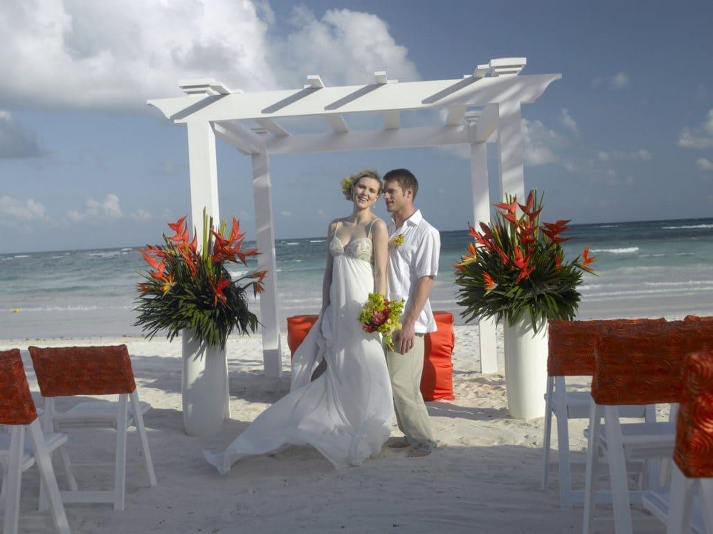 Grand Palladium Kantenah Wedding Modern Destination Weddings