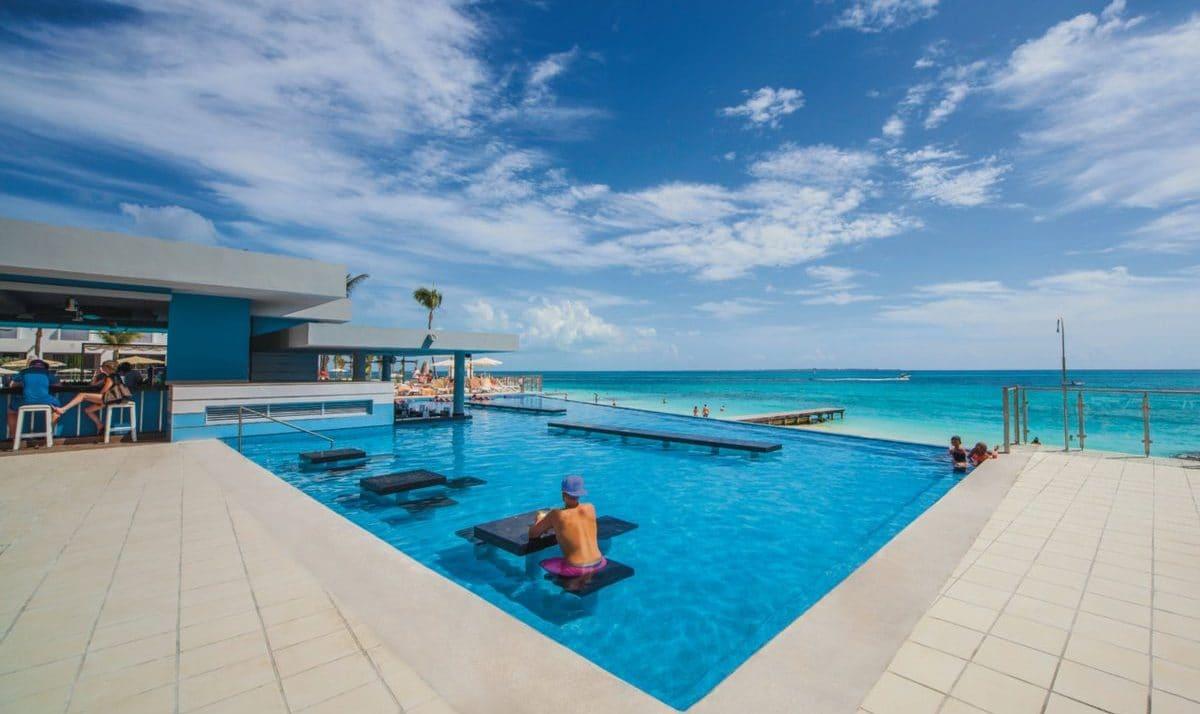 Hotel Riu Cancun, Mexico - Reviews, Pictures, Videos, Map ...  The Riu Cancun