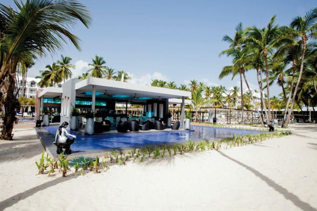 Hotel Riu Palace Macao Wedding Restaurant 2 1030x686 - beach wedding costa rica