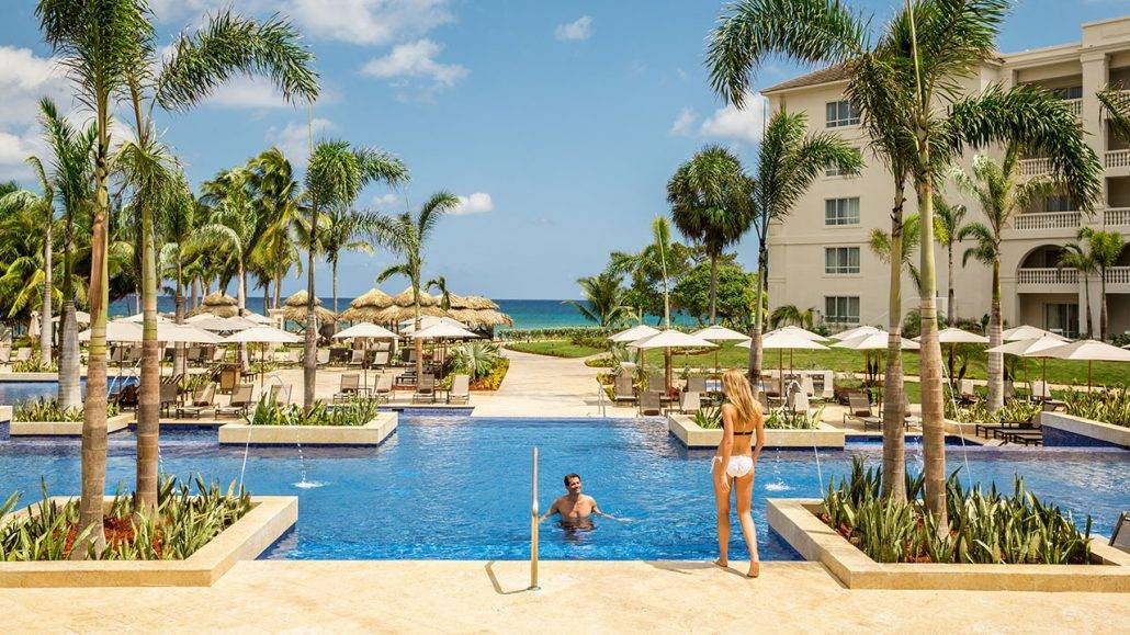 Destination weddings bahamas - Hyatt Zilara Rose Hall Wedding Modern Destination Weddings